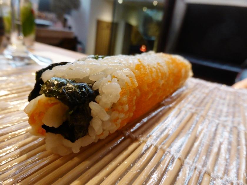 UNI sushi-making class