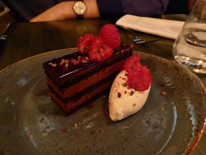 Bandol restaurant Hollywood Road Chelsea Gateau de Chocolat